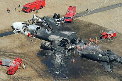 musibah kecelakaan pesawat