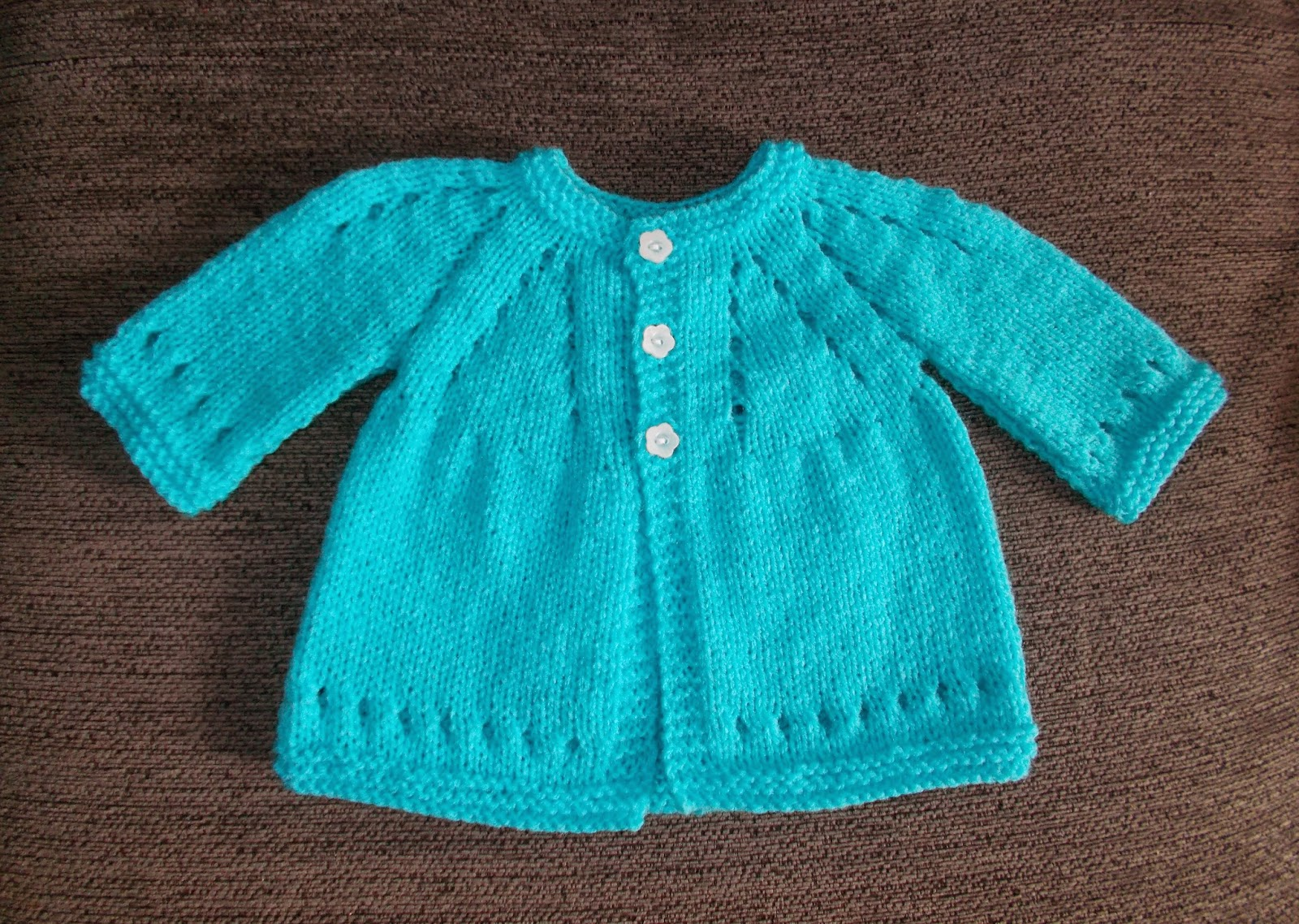 Top Down Knitting Patterns For Children Free : mariannas lazy daisy days: Mariannas Famous Top-Down ~ with Sleeves