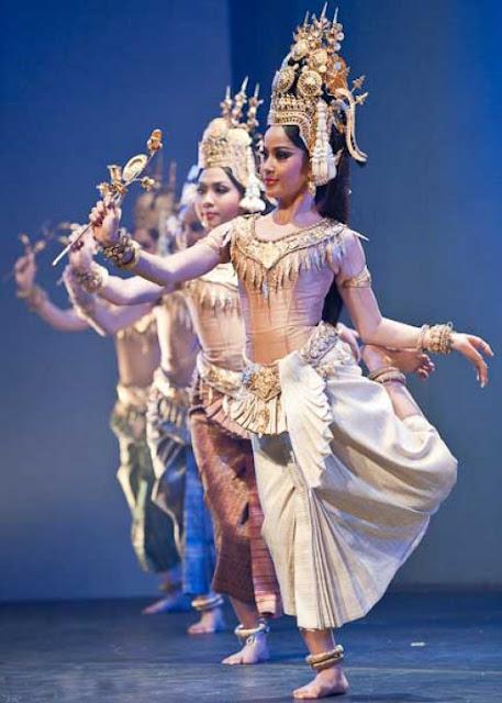Apsara-dance-Cambodia-3