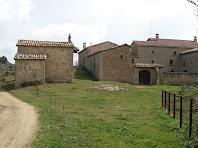 La masia de Campdeparets amb la capella de Sant Josep