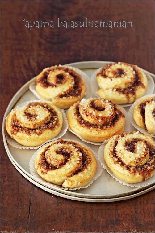 ... Bake #11 : Kanel Snegle/ Kanelbullar (Swedish Cinnamon Snails/ Rolls