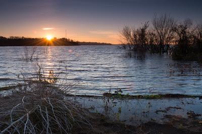 Grapevine Lake Sunrise