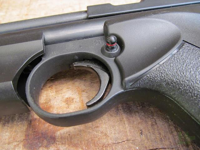 Crosman 1322 Air Pistol - Product View 7