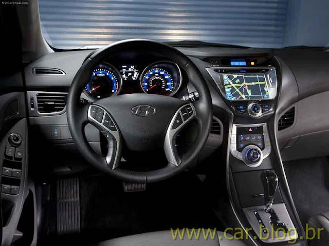 Novo Hyundai Elantra 2012 - interior - painel