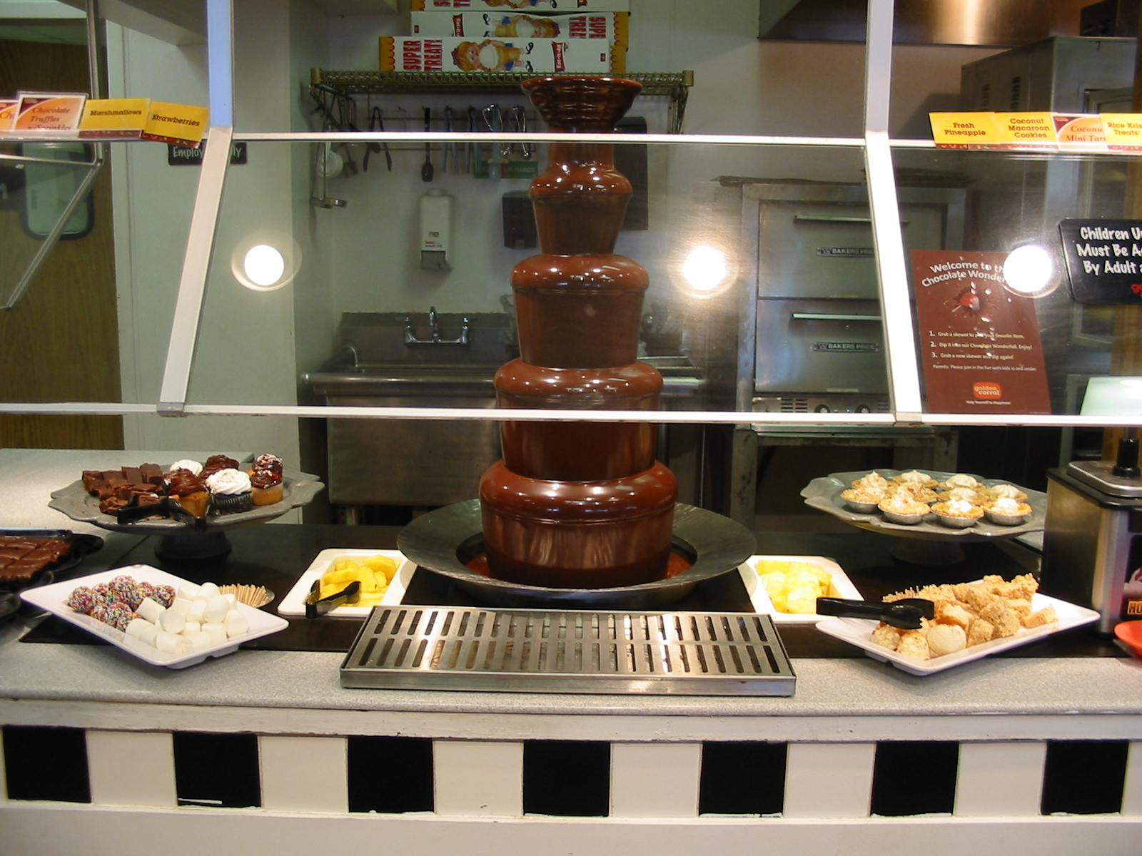 The Chocolate Cult: Chocolate Fountain at Golden Corral