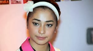 nikita willy cute