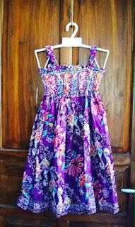 Dress batik anak tanpa lengan kerut ungu
