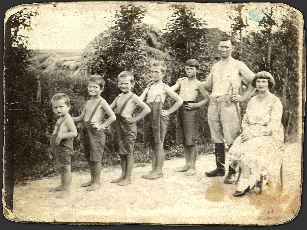 we re all about family aren t we the irish big family extended family    Old Damaged Family Photos