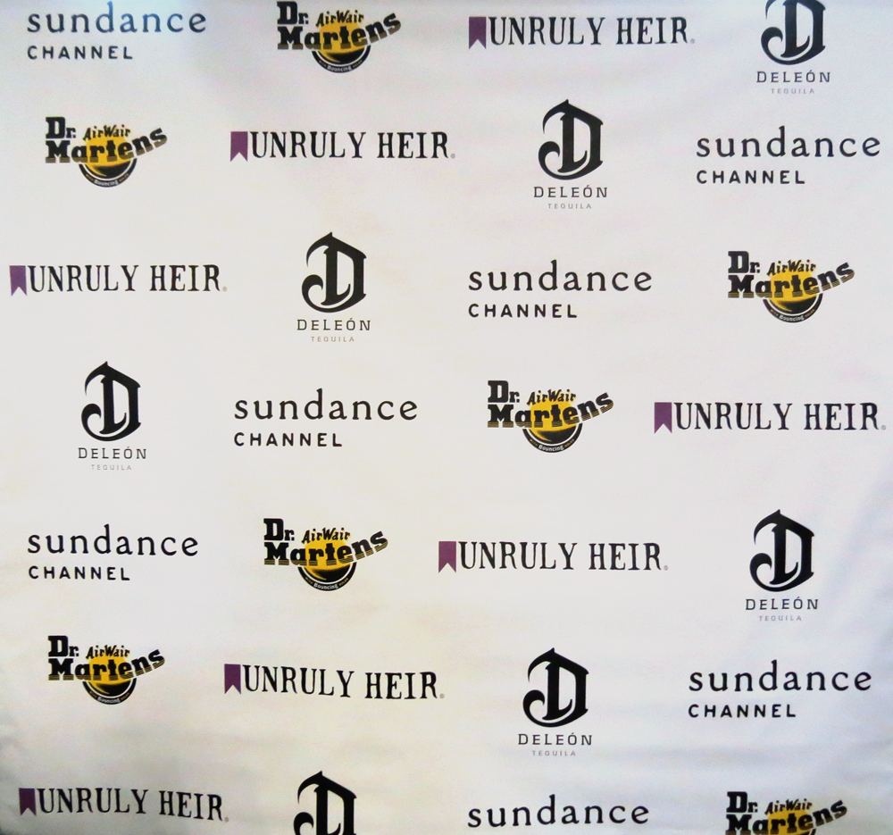 how to create a step and repeat banner