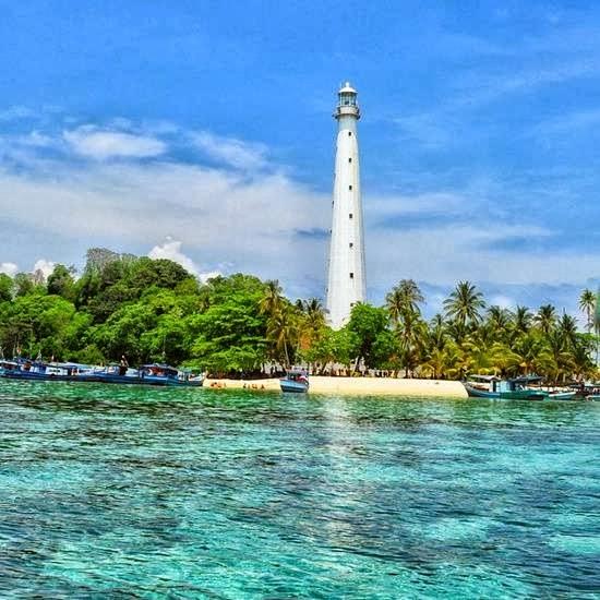 Itulah beberapa foto Tempat Wisata Di Pulau Belitung . Semoga ...