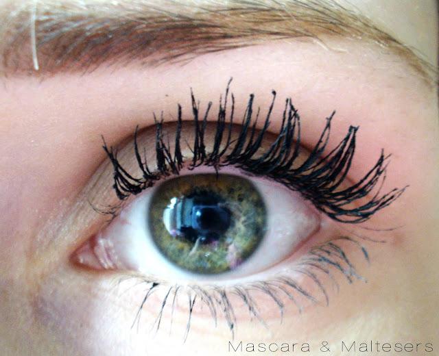 ModelCo Fibre LashXtend Lengthening Mascara