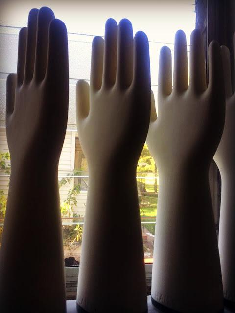 Retro Chalet Vintage Glove Molds