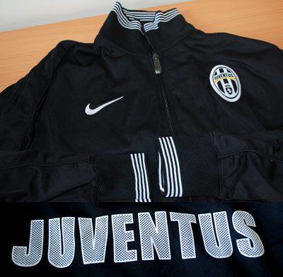 Jual Jaket Juventus Black White Murah