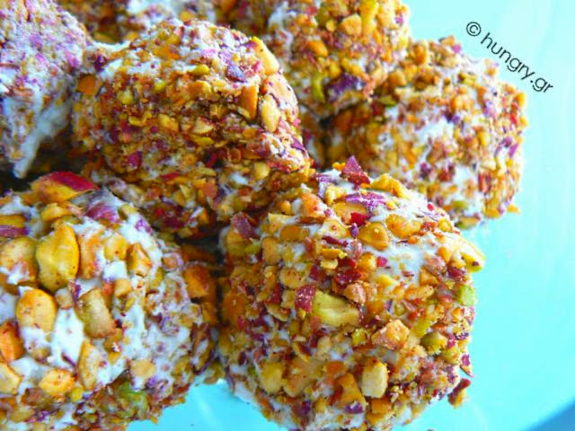 Pistachio Cheese Balls