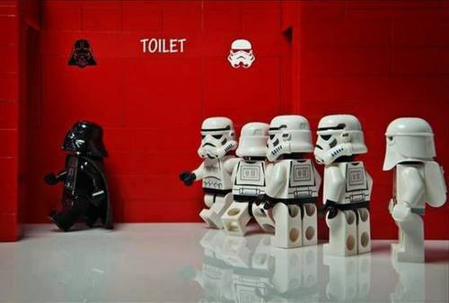 Darth Vader y los soldados imperiales no comparten WC
