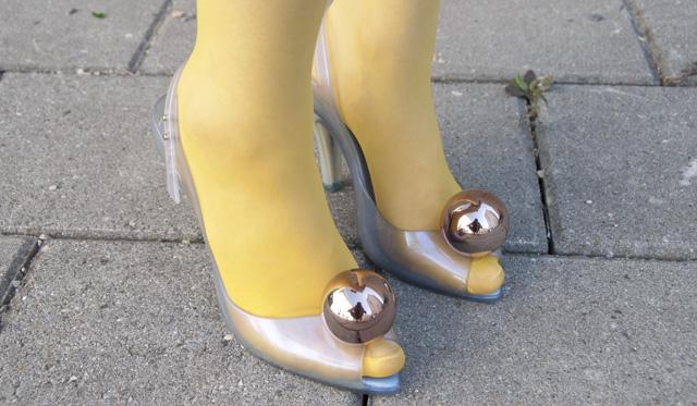 dip dye tights, melissa shoes, vivienne westwood, lady dragonball