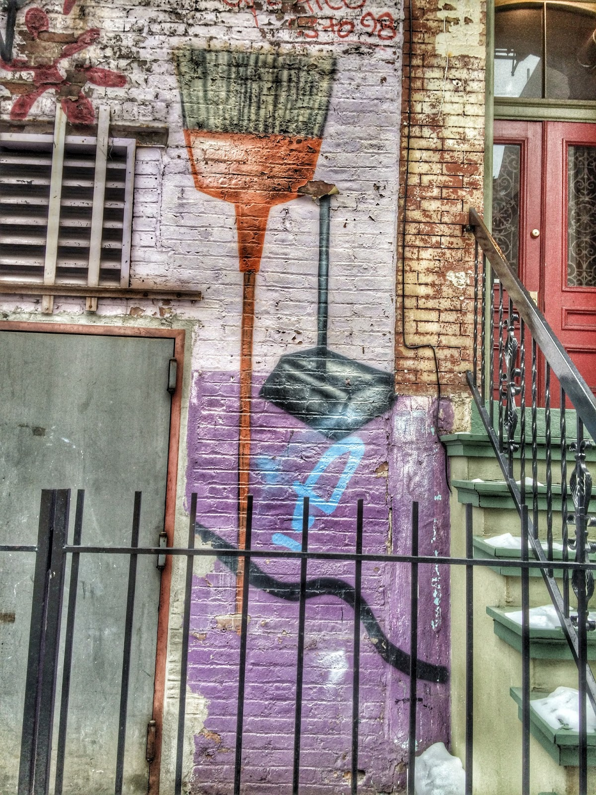 Broomstick #graffitti #graffitimural #nyc #chelsea 2013