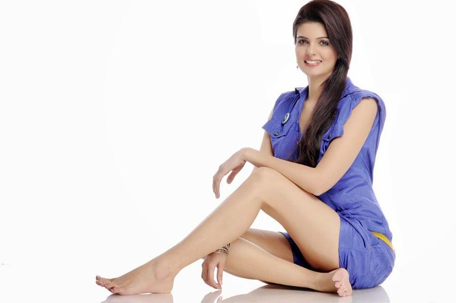 Delh Female Models