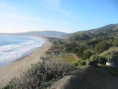 View Pantai Sepanjang Dari Bukit