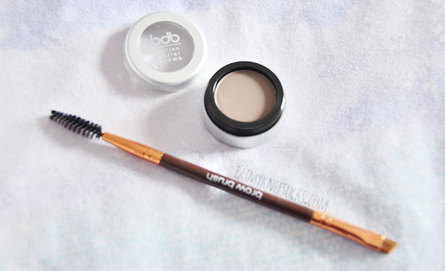 First up is the 60 Seconds to Beautiful Brows Kit. This two-piece eyebrow set, sold for $24, combines Billion Dollar Brow's brow powder and dual-ended brow brush to give you a quick, simple way to get beautiful eyebrows.