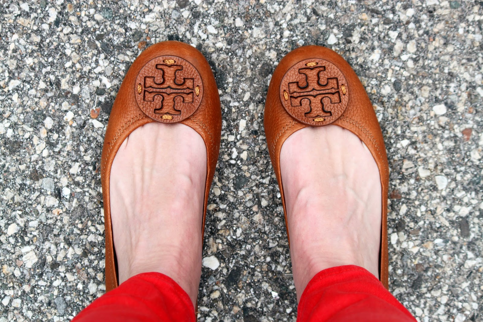 Poppy Pants + Camel Flats (#JCrew #ToryBurch) // The Salty Hanger