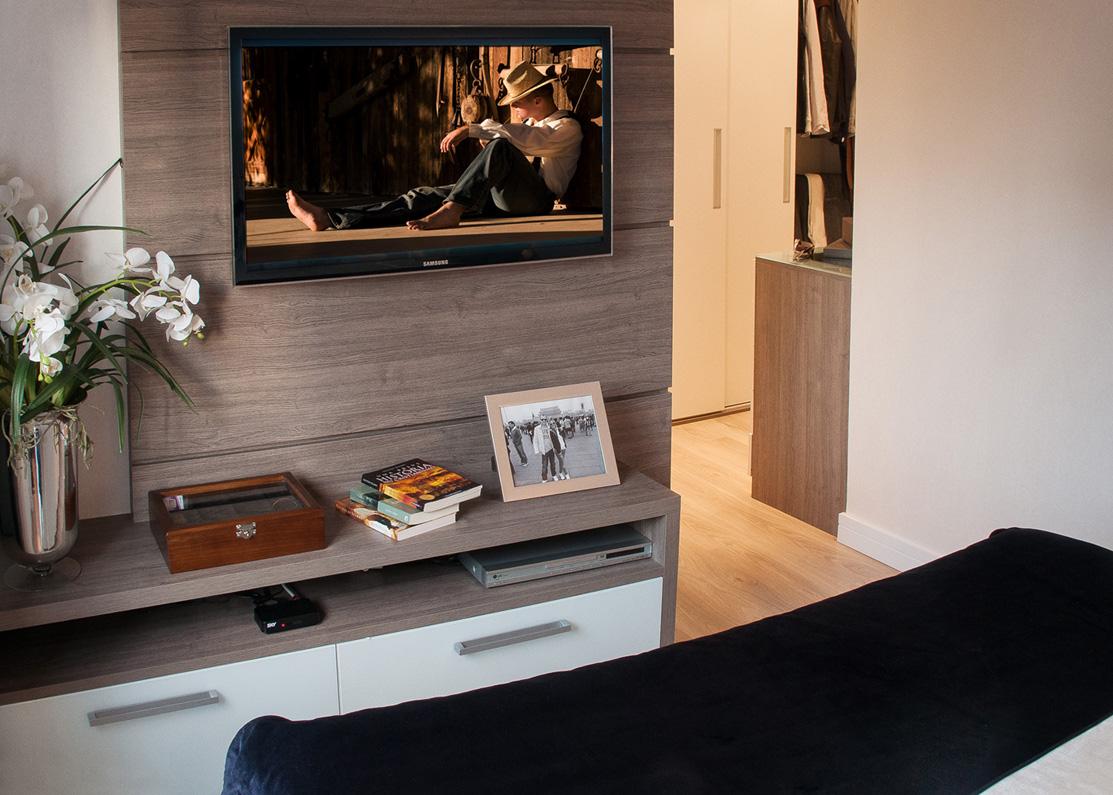 Espaço MoMe: Móveis planejados otimizam espaços em apartamentos #A2662A 1113 795