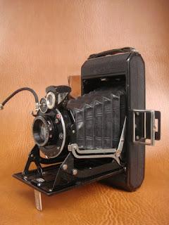 Vài em máy ảnh cổ độc cho anh em sưu tầm Yashica,Polaroid,AGFA,Canon đủ thể loại!!! - 29