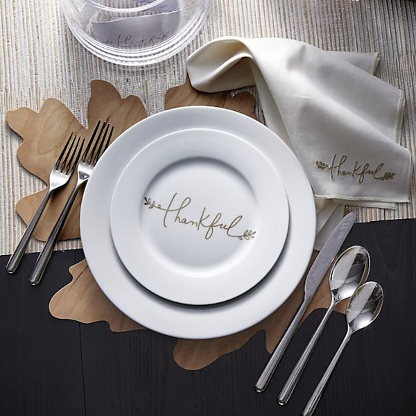 Thanksgiving thankful plate setting table decor