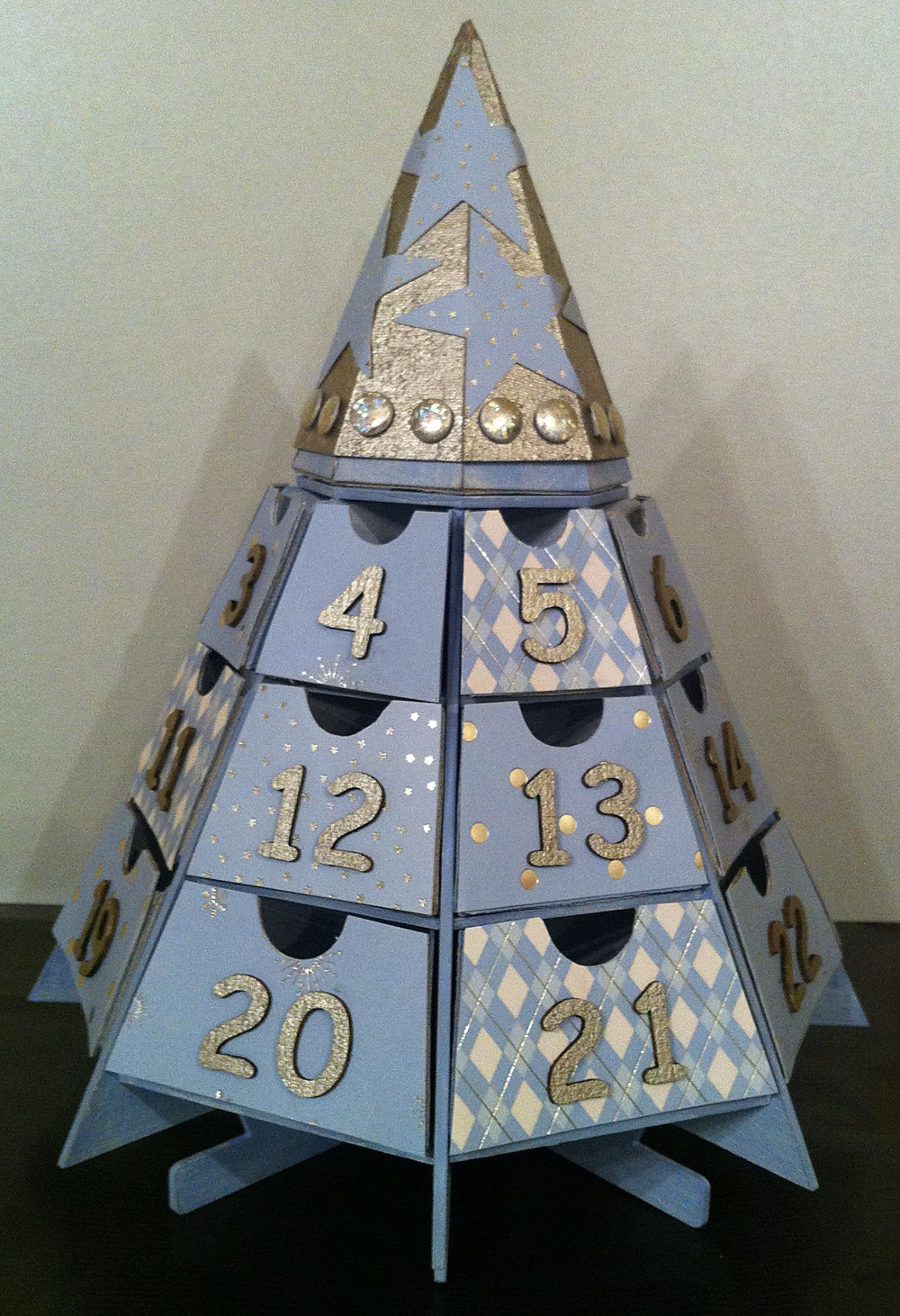 Tando Creative Chipboard Shapes Christmas Mini Advent Numbers 1-25