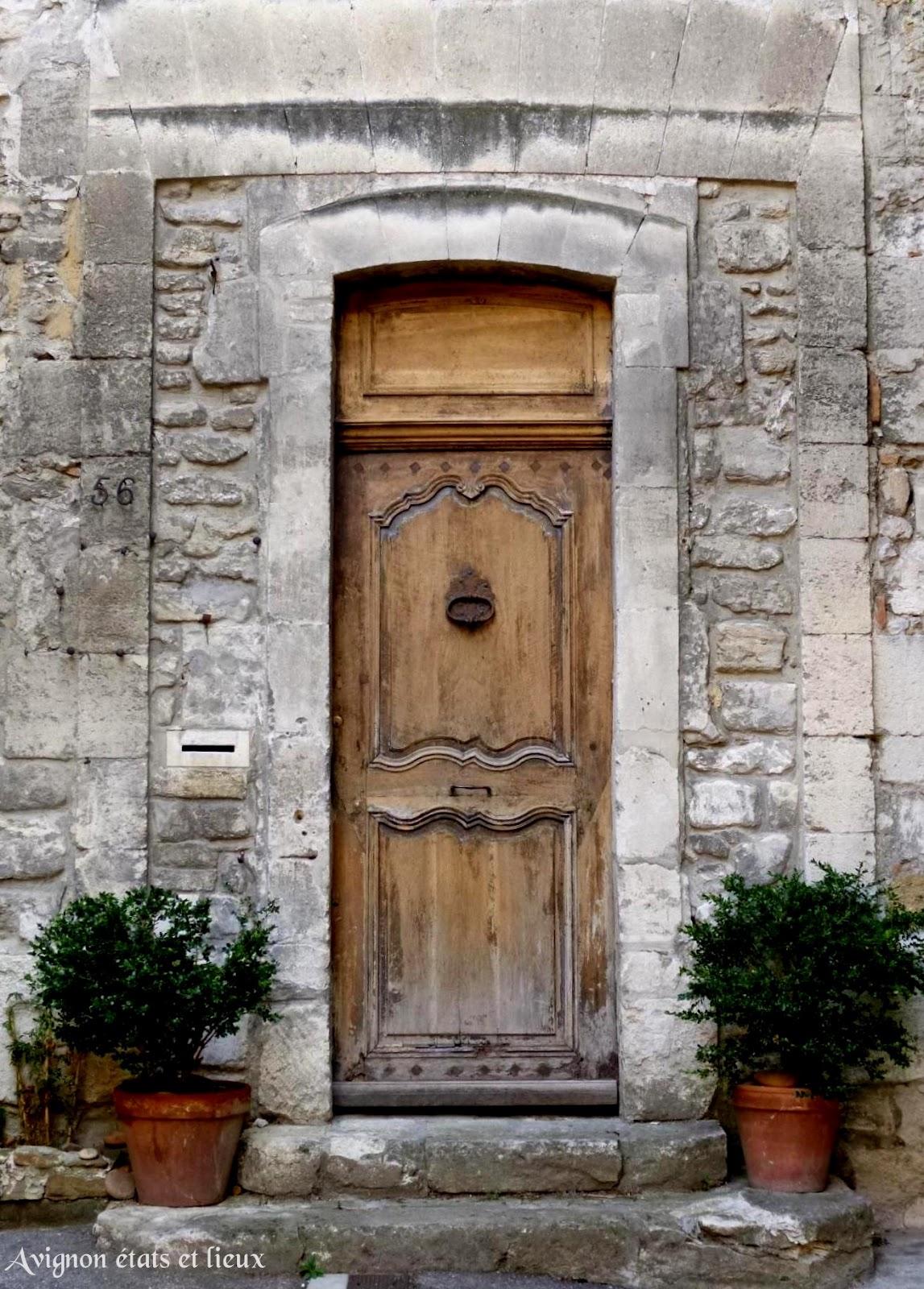 Impressions d 39 avignon la porte de l 39 ancienne orangerie for Porte ancienne