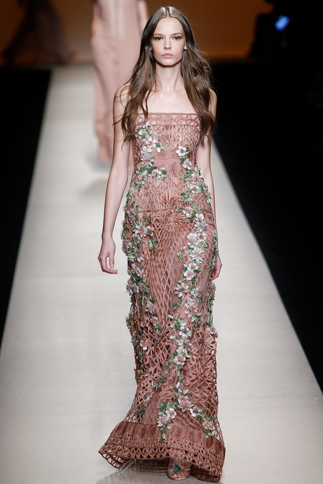 Alberta Ferretti 2015 SS Crochet Maxi Dress with Flowers on Runway