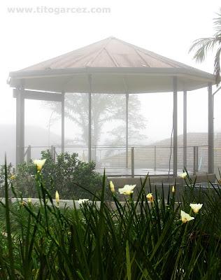 Coreto de Paranapiacaba sob neblina