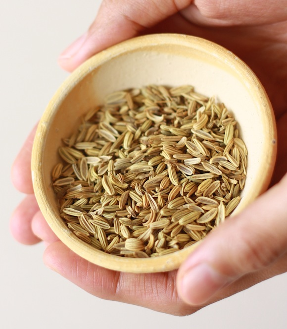 how to toast fennel seeds?