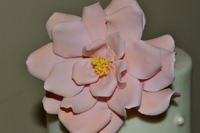 Sweet Cakes by Rebecca - gumpaste open rose