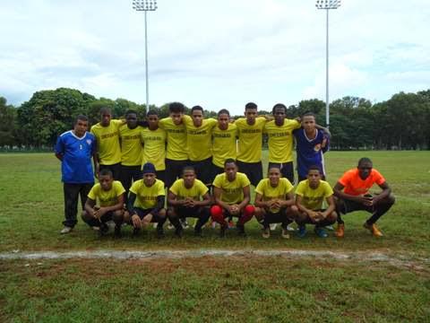 Leones de Alma Rosa campeones de torneo fútbol Copa Banco Ademi