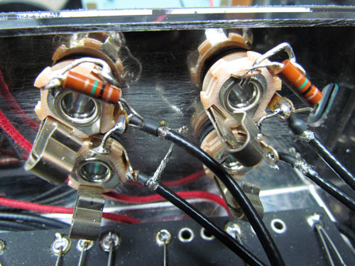 chassis and input wiring on the tweed bandmaster super pro clone rh crawlsbackward blogspot com Bass Input Jack Audio Jack Wiring