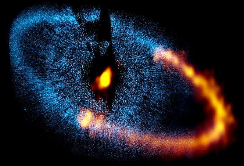 Royal star Fomalhaut, shrouded by a dust ring which surrounds it