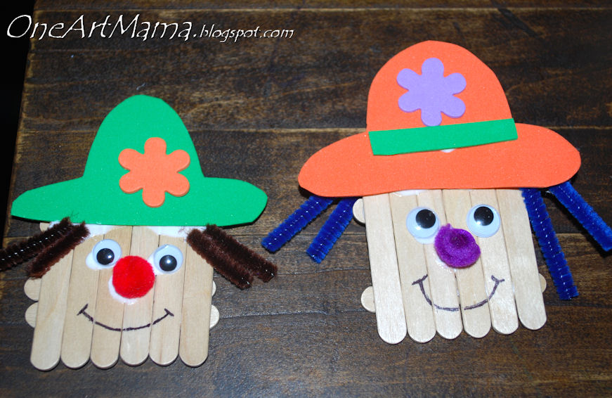 Scarecrow Craft with Popsicle Sticks