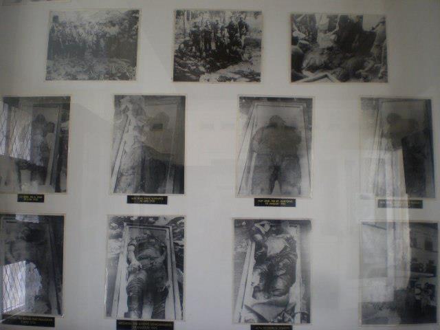 FOTO-GAMBAR BARANG PENINGGALAN KORBAN G 30 S/PKI ...