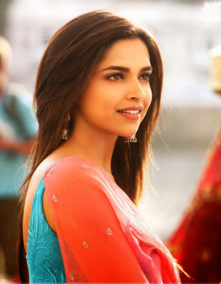 deepika-padukone-looking-good