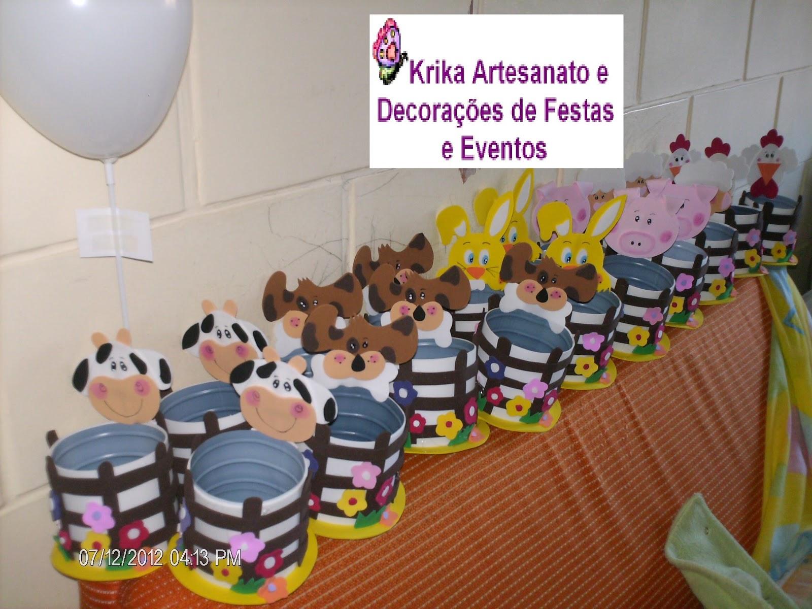 Decoracion de mesas mesa comunion de flores lmm board - Decoracion para comunion ...