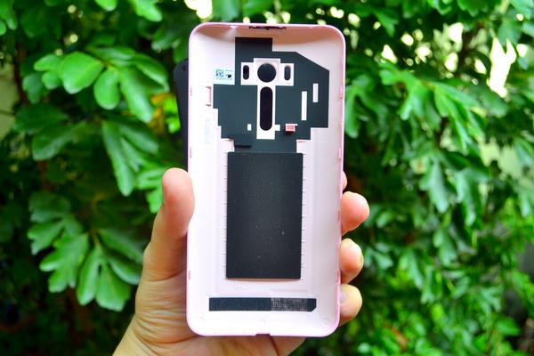ASUS Zenfone Selfie 18