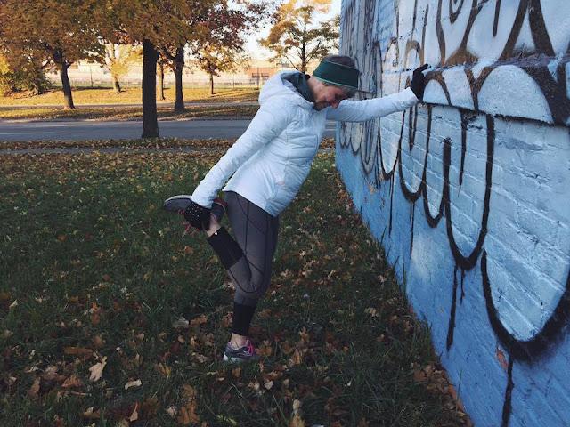 lululemon down-for-a-run-jacket rebel-runner-crop