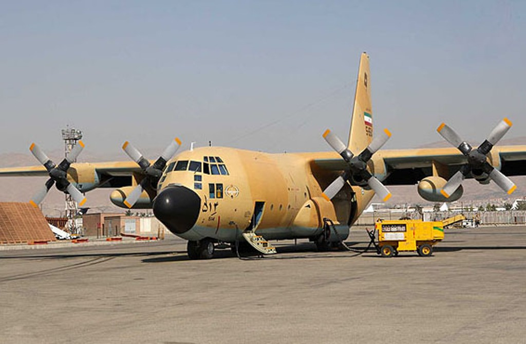 C 130 Military Transport Aircraft C-130 Hercules Militar...