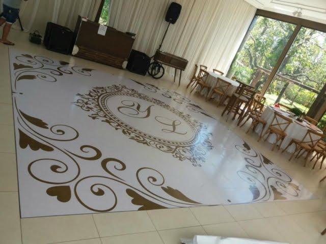 Adesivo ambiente para casamento e aniversários