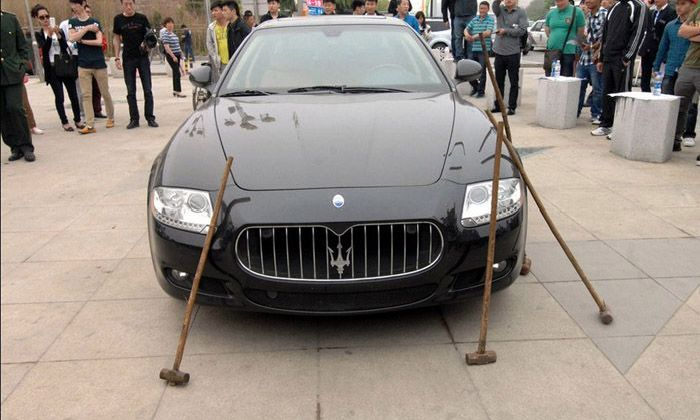 Angry Owner Destroys $423,000 Maserati