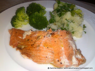 Salmon with Broccoli and Parsley Potatoes