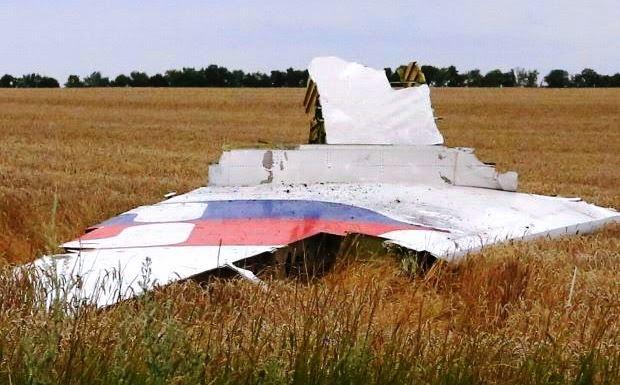 MH17 WARNA BENDERA KELIRUKAN MUSUH