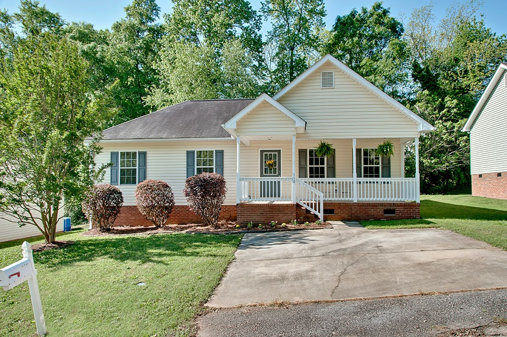 110 Edwards Ave, Greer SC 29650
