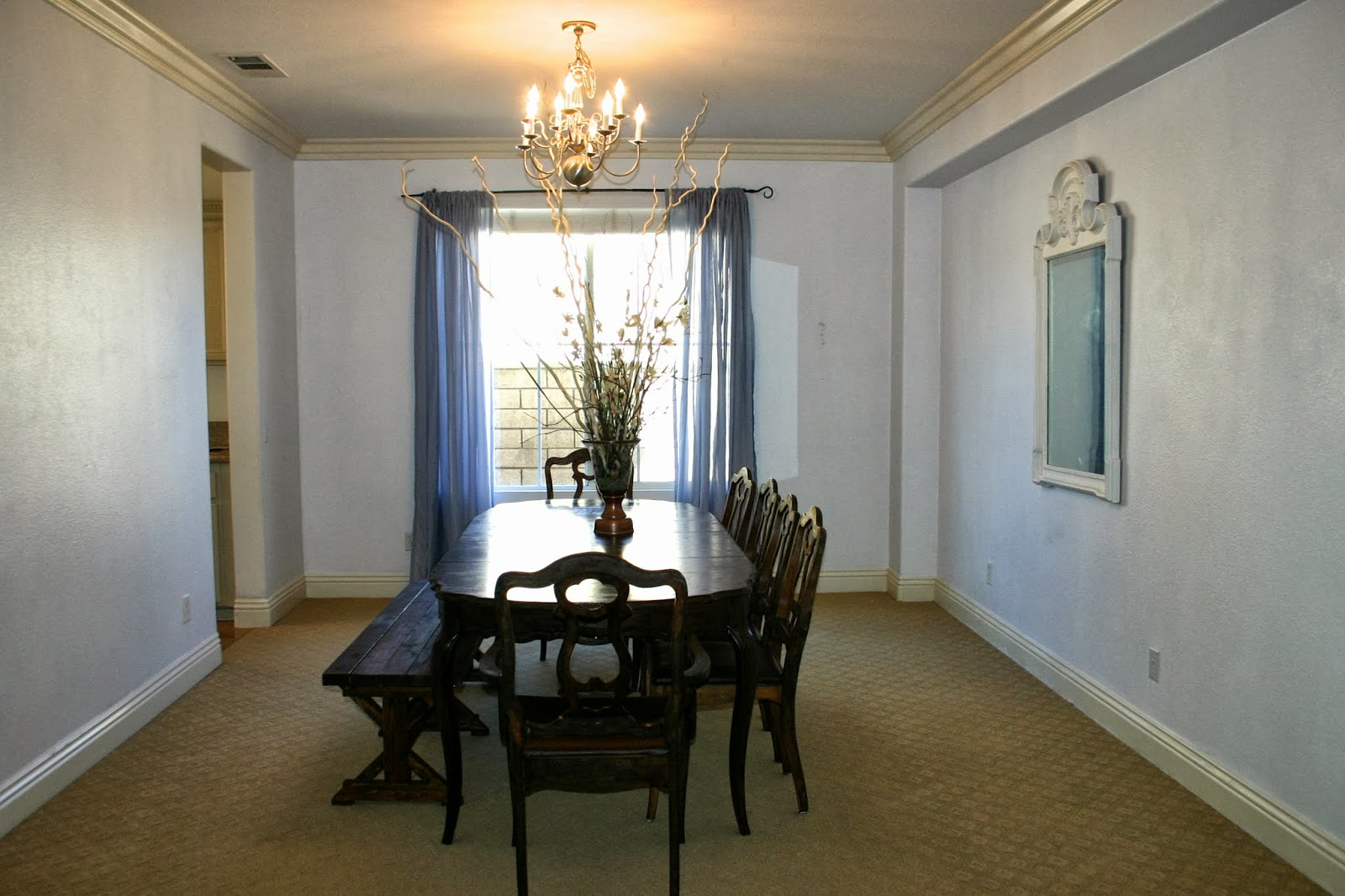 Dining Room Off Of Entry Kitchen